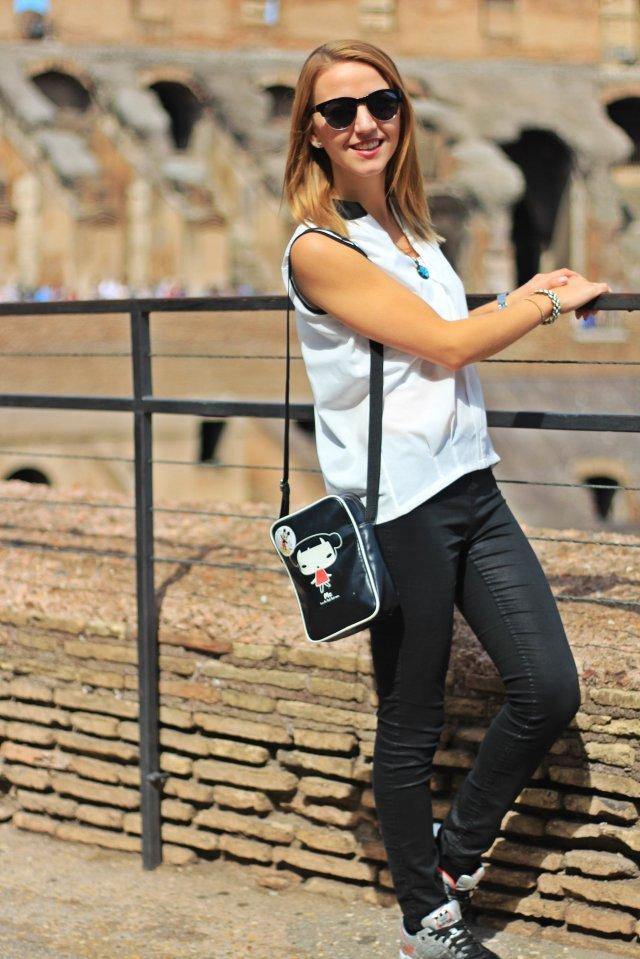 polina.rocks Rome Colosseum 10